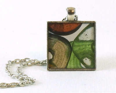 "Glass Beads resin pendant  1"" square"